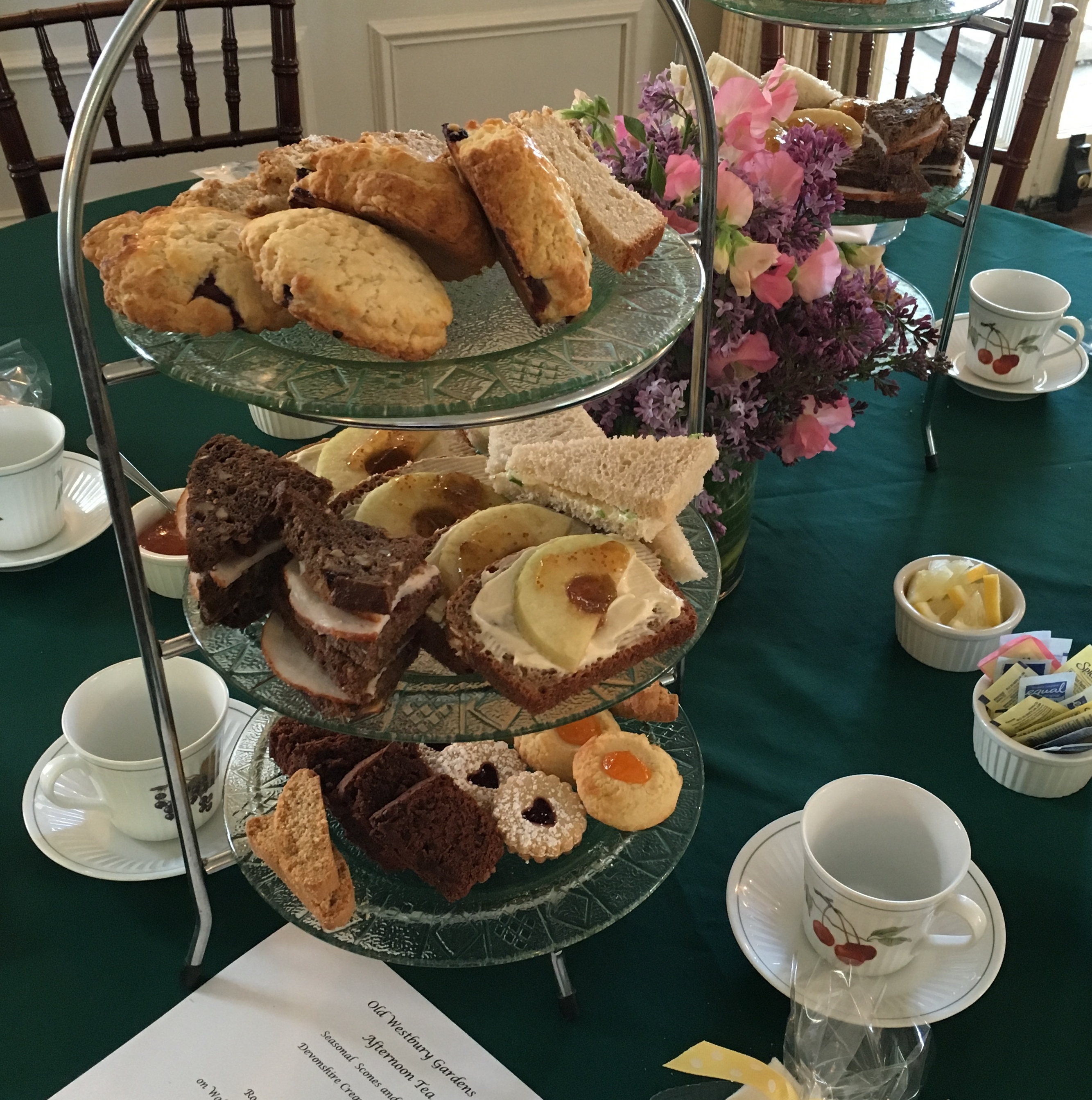 Afternoon Teas at Old Westbury Gardens | Polka Dot Pound Cake
